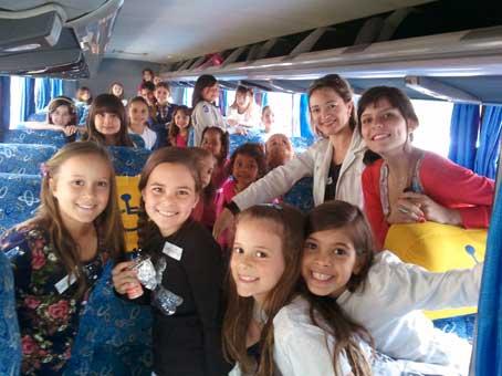 Turmas do infantil visitam o Memorial Minas Gerais - Vale