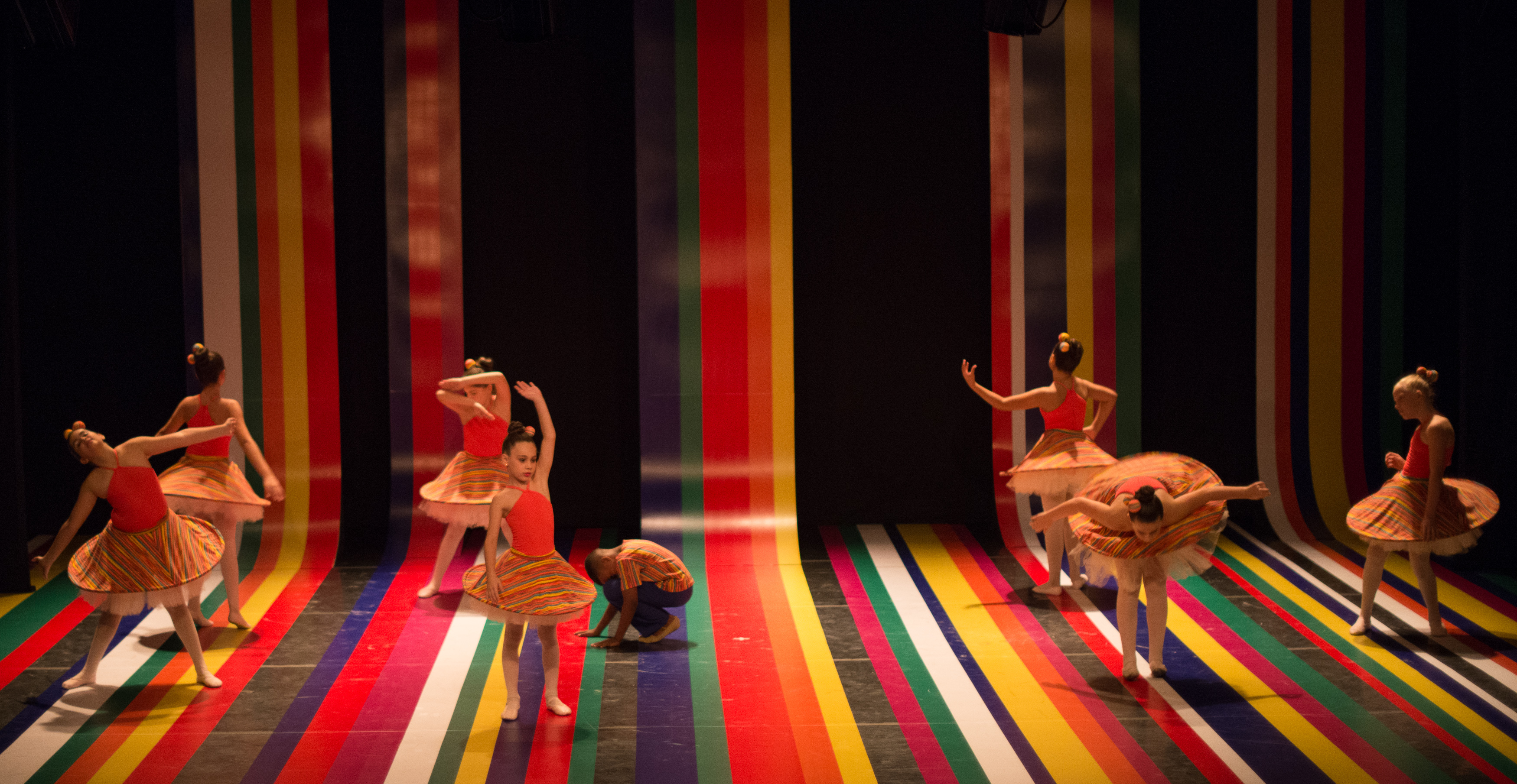 Corpo Escola de Danca - espetaculo 2015