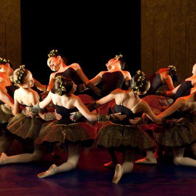 Corpo Escola de Danca - apresentaao do Classico - 12/2011 - foto de Eugenio Savio