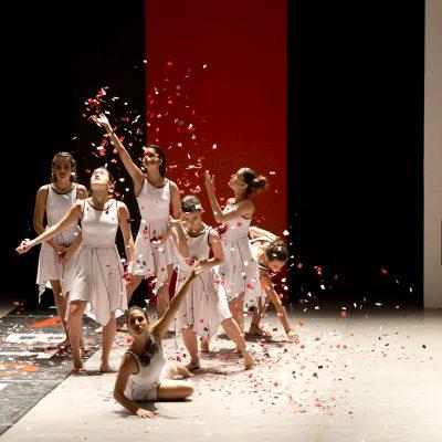 Belo Horizonte,   dezembro de 2013 fotografia de Eugenio Savio Corpo Escola de Danca espetaculo contemporaneo 2013