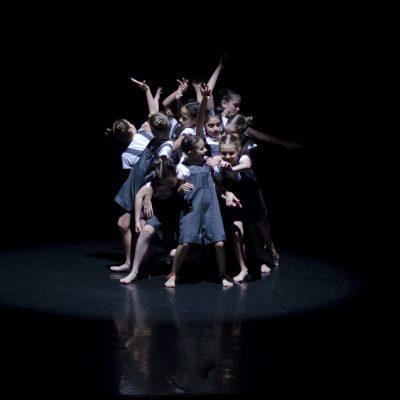Contemporaneo Basico - Espetaculo - Corpo Escola de Dança